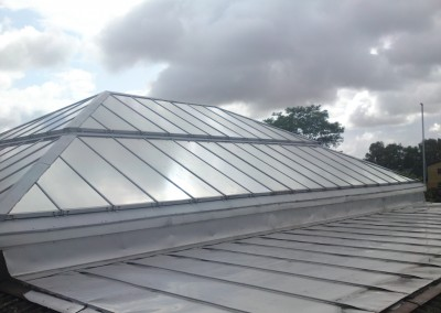 Utvändig Solfilm på glaspyramid