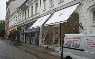 Lunex Finess terrassmarkiser på gågatan i Lund