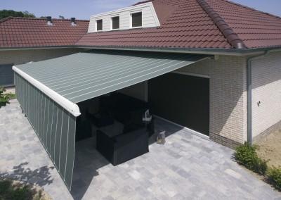 Harol LX530 kan både takmonteras och väggmonteras.