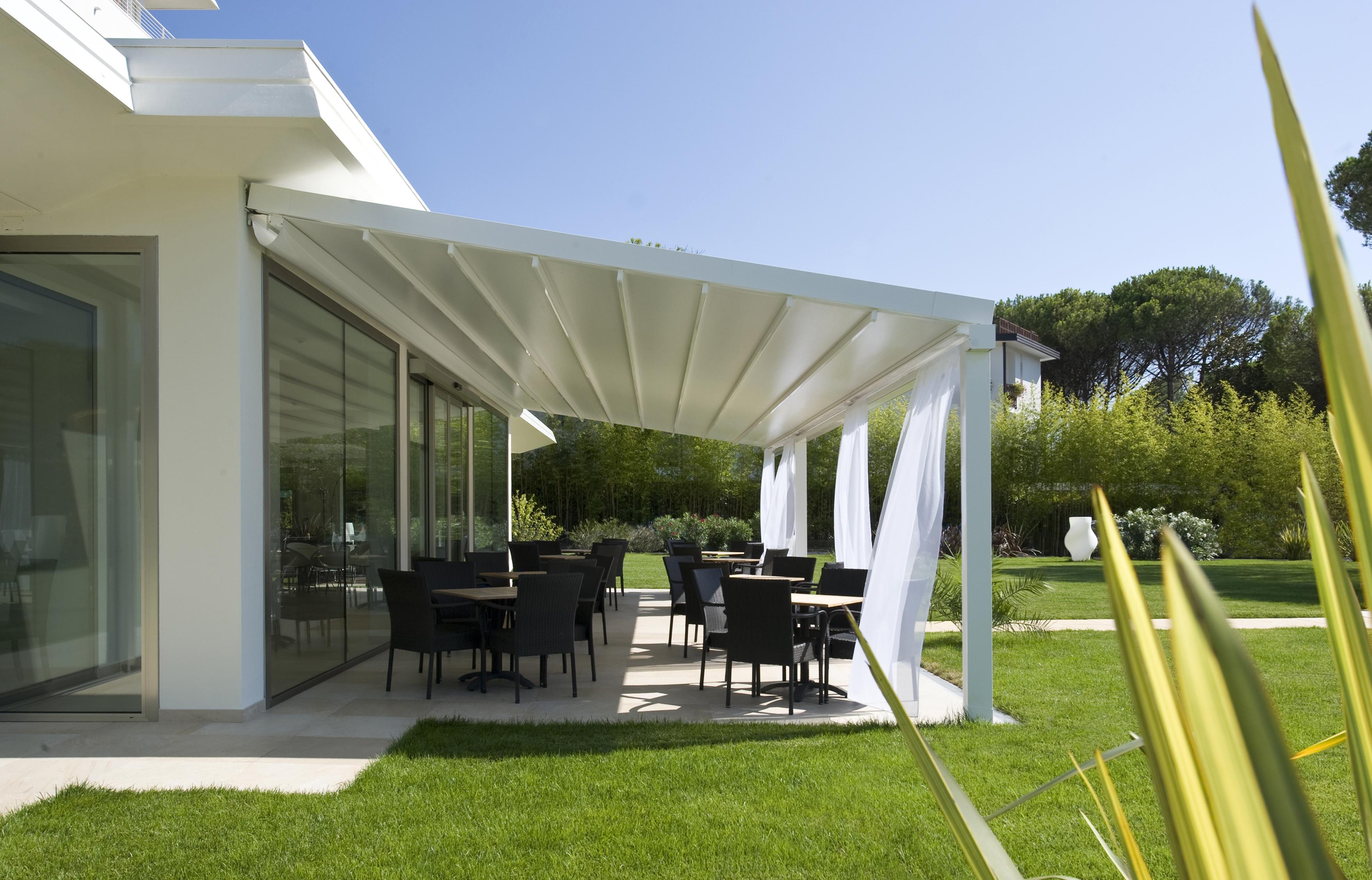 harol patio pergolamarkis i lund fr n restads solskydd. Black Bedroom Furniture Sets. Home Design Ideas