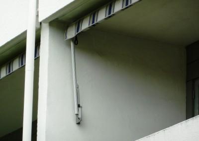 Balkongmarkis - Förstärkt markisarm med gasdämpare