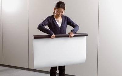 3m Whiteboardfolie, magnetisk baksida på 92cm bred rulle. Måttanpassas efter önskemål.