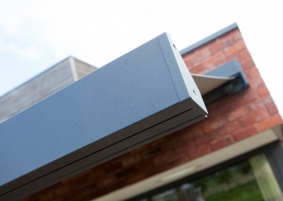 Harol BX270 har en modern design som passar perfekt till nybyggda hus.